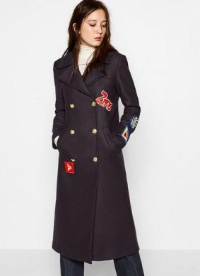 Abrigo parches de Zara