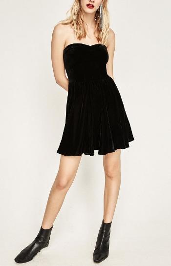 vestido-mini-terciopelo-zara